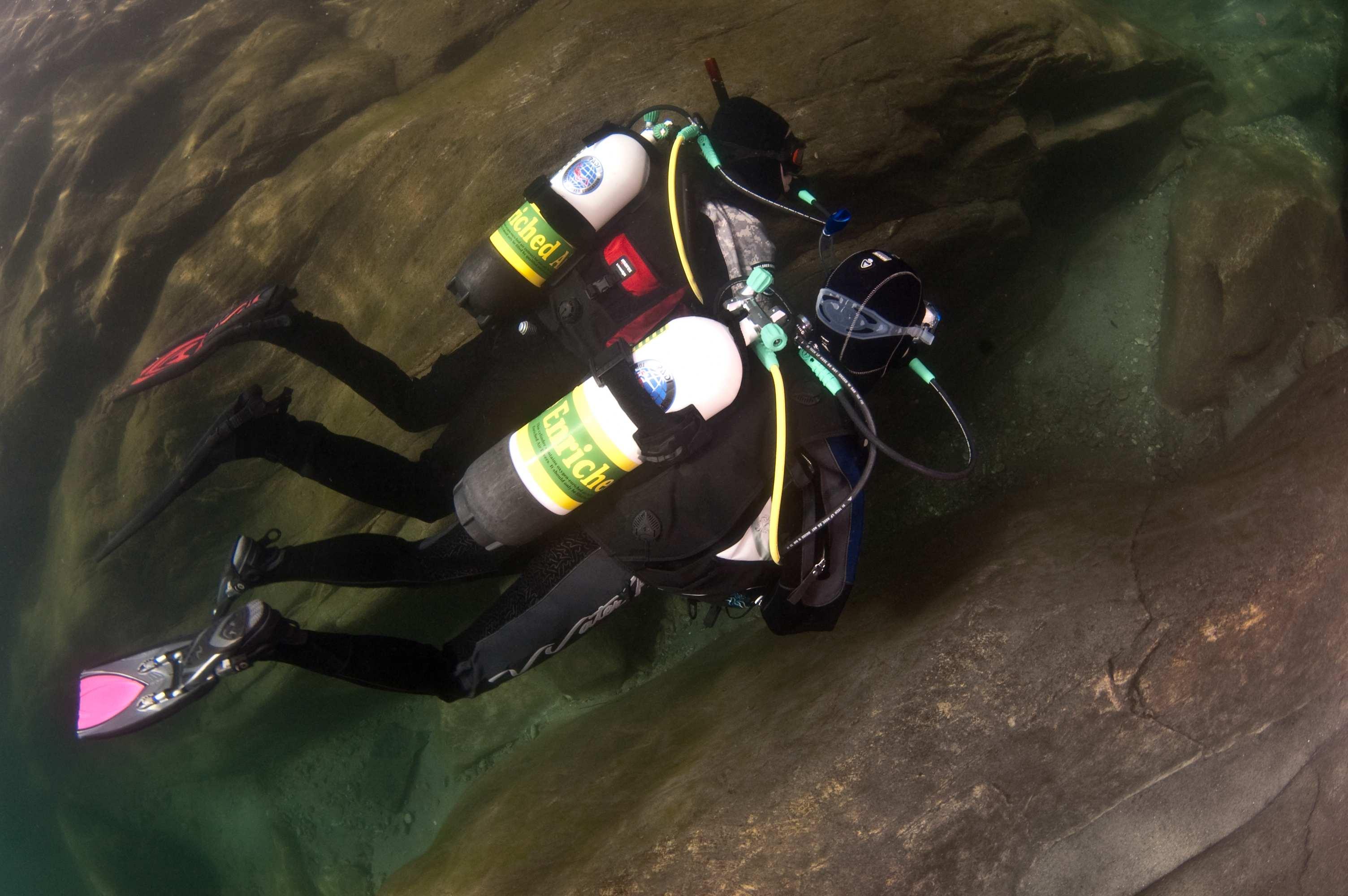lentic_diving_vacances
